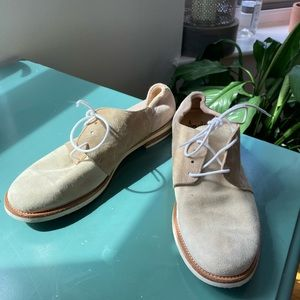 Amalfi by Rangoon suede tennis shoes